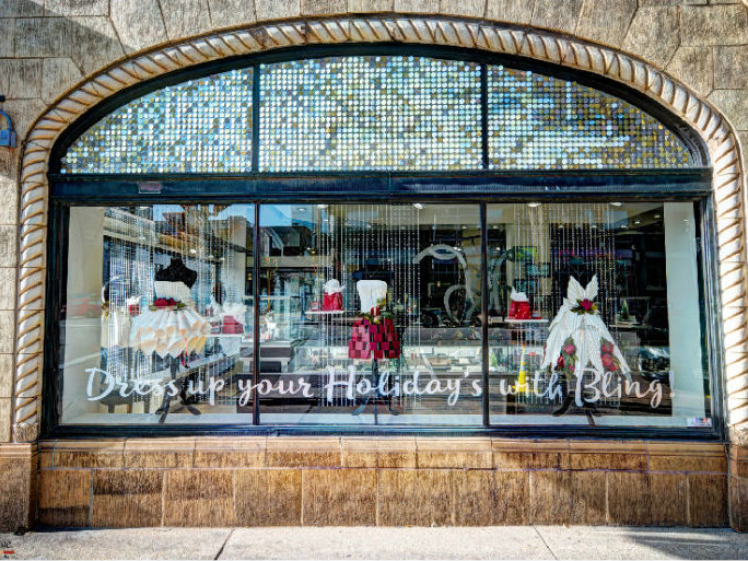 Downtown Albany Holiday Window Decorating Contest